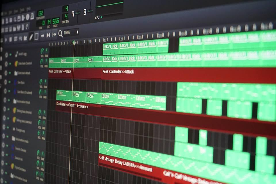 lmms programa open source igual fl studio para criar beats e mixar musica